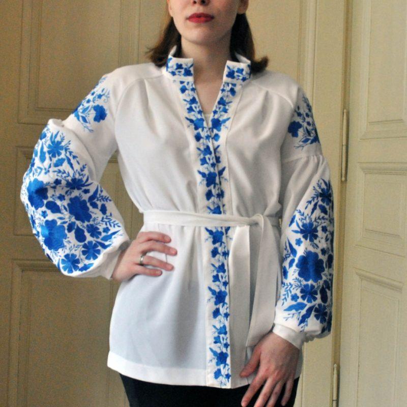 Жіноча вишита блузка з вишивкою на рукавах - Каталог рукоділля  103530 91030c09358a4