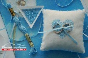 Работа Свадебная подушечка для колец Голубая соната