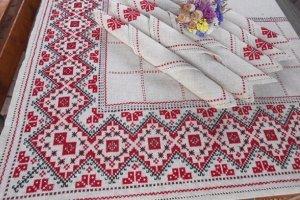 Вишита скатертина ручної роботи в українському стиліСвяткова - Опис