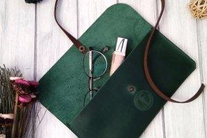 Зеленый Кожаный клатч. - Опис
