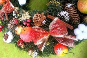 Різдвяний віночок/підсвічник з яблуками - Опис