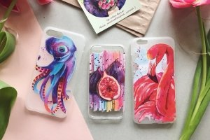 Чехлы для телефона с авторскими иллюстрациями