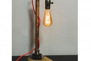"""Настільна лампа """"Pride&Joy"""" із дерева 01WL - Опис"""
