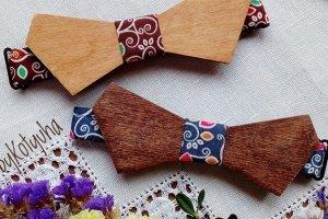 Деревянный галстук бабочка с цветными узорами - ІНШІ РОБОТИ