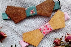 Робота Деревянный галстук бабочка с цветочным узором