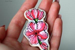 Робота Брошка вишневий цвіт