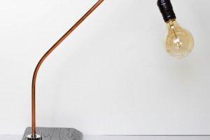 """Настільна лампа з мореного дубу """"Pride&Joy"""" 01DL - Опис"""