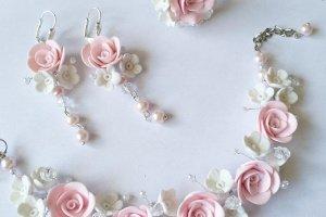 Робота Браслет и серьги с розами
