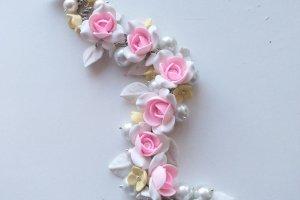 Робота Свадебный браслет с розовыми цветами