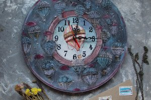 Робота часы для дома большие