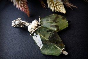 ЗеленІ сержки з преніту срібла на перлів - ІНШІ РОБОТИ
