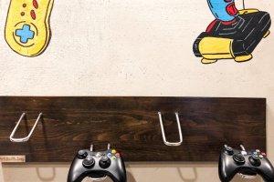 Дерев'яне кріплення Pride&Joy для ігрових джойстиків
