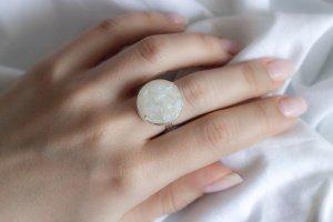 Робота Перстень М з місячним каменем
