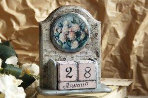 Робота Вічний календар з піонами