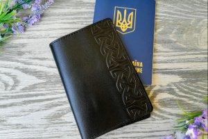 Обложка на паспорт черный кельтский узел в 1 полосу - ІНШІ РОБОТИ
