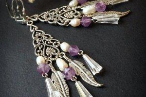 Фіолетові сережки з аметистами перлами та пір'ям