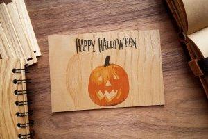 Деревянная открытка - Happy Halloween
