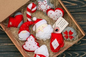 Новогодний набор игрушек из фетра - Опис