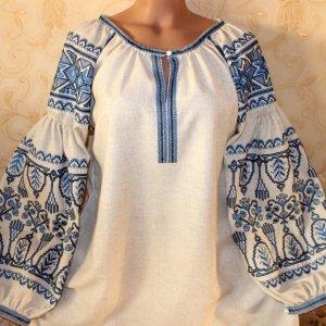Робота Жіноча вишита блузка
