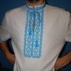 Українські чоловічі вишиванки ручної роботи - купити речі ... 66f0d7cf22e3d