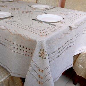 Робота Скатертина з серветками ручної вишивки з мережками Елегантна