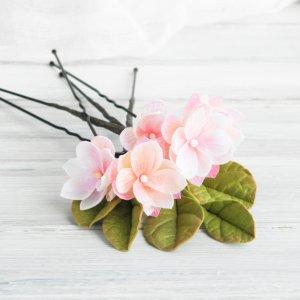 Шпильки с маленькими цветами Розовая нежность