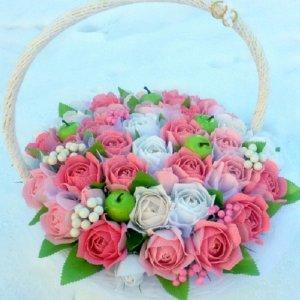 """Робота Кошик з трояндами  """"Весільна композиція"""""""