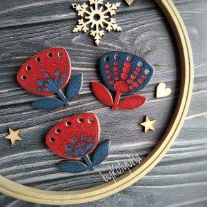 Брошка - квітка темно червона з синім