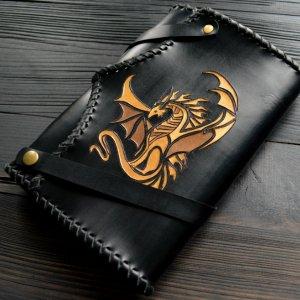 Робота Шкіряний блокнот із золотим драконом
