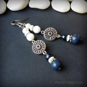 Робота Сині білі сережки з агатом перлами та перламутром