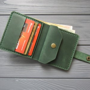 Кожаный кошелек LANA_зеленый