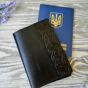 Робота Обложка на паспорт черный кельтский узел в 1 полосу