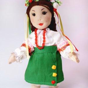 Лялька українка в національному костюмі