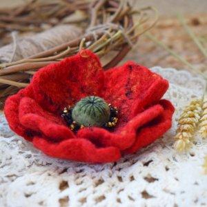 Мак брошка валяна квітка із шерсті подарок аксесуар пальто