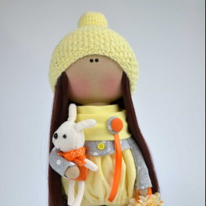 Інтер'єрна текстильна лялька-дівчинка Sunny