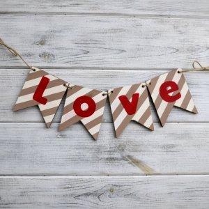 """Гірлянда """"Love"""""""