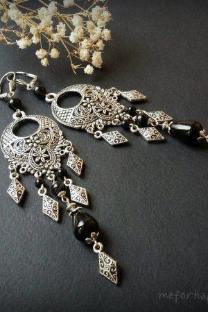 Чорні довгі сріблясті сережки з агату