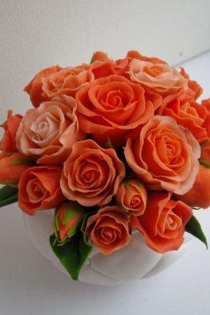Горшочек с розами